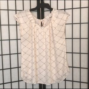 🎀 Pretty Flowing Blouse by LC Lauren Conrad